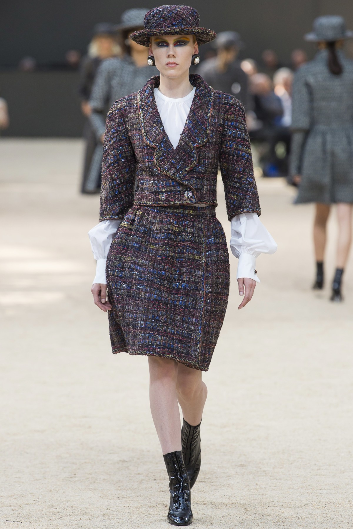 CHANEL – FALL/WINTER 2018 PFW